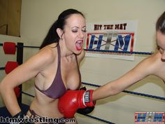 Diana Knight in boxing action