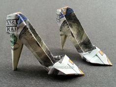 beautiful money origami art pieces many designs made of real dollar bills v 1 wallpaper Origami Gifts, Origami Mouse, Money Origami, Origami Fish, Oragami, Origami Paper, Folding Money, Paper Folding, Dollar Bill Origami