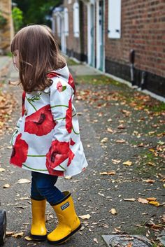 Table Cloth Rain Jacket by Erin A Keith Kids Rain Jackets, Raincoat Outfit, Outdoor Wear, Raincoats For Women, Sewing Patterns, Sewing Designs, Sewing Ideas, Sewing Projects, Jacket Pattern