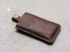 P.A.P. iPhone Case Leather Brown