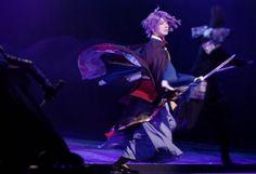 舞台『刀剣乱舞』義伝 暁の独眼竜、本日開幕! | コンフェティ Stage Play, Touken Ranbu, Musicals, Acting, How To Look Better, Fandoms, Cosplay, Fan Art, Concert
