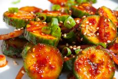 Korean cucumber salad is tangy, sweet, and spicy which pairs well with many meat dishes. Try this side dish for all occasions! Korean Dishes, Korean Food, Korean Cucumber Salad, Pasta Recipes, Salad Recipes, Salad Topping, Main Dish Salads, Bulgogi, Korean Cuisine