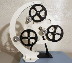 Perpetual motion machine on Pinterest | Perpetual Motion, Leonardo Da ...