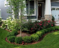 25 Lovely and Creative Flower Bed Ideas to Try #flowers #flowerbeds #flowerbedgardening