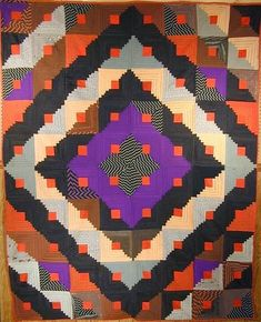 bold Barnraising Log Cabin is made of wool challis from the 1870 Wool Quilts, Amish Quilts, Antique Quilts, Vintage Quilts, Quilting Projects, Quilting Designs, Log Cabin Quilts, Log Cabins, American Quilt