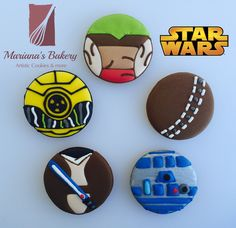 Star Wars Favor Sugar cookies (25 cookies) Mariana's Bakery ORIGINAL DESIGN de MarianasBakery en Etsy https://www.etsy.com/es/listing/256235169/star-wars-favor-sugar-cookies-25-cookies