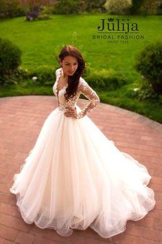 Spitzen-Brautkleid nicht-Korsett von JulijaBridalFashion auf Etsy
