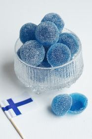 These are jelly candies that are usually green. Candy Recipes, Sweet Recipes, Baking Recipes, Dessert Recipes, Yummy Treats, Sweet Treats, Yummy Food, Helsinki, Finnish Recipes