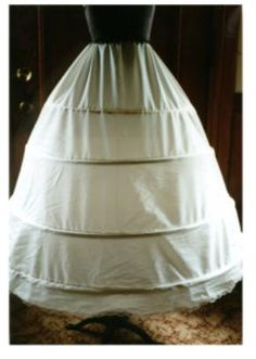 Hoop skirt (How-to and How-NOT-to) http://www.idyllicchick.com/2012/04/how-to-make-hoop-skirt-also-how-not-to.html