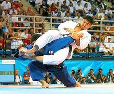 Armbar used in Judo tournament Martial Arts Styles, Mixed Martial Arts, Judo, Jiu Jitsu Techniques, Hapkido, Combat Sport, Martial Artist, Brazilian Jiu Jitsu, Taekwondo