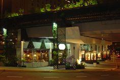 La Recova de Posadas (restaurants and art) Buenos Aires.