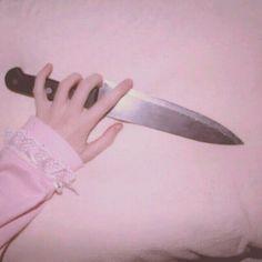 Risultati immagini per grunge pink aesthetic Knife Aesthetic, Grimgar, Pastel Grunge, Kawaii, Creepy Cute, Color Rosa, The Villain, Yandere, Pretty In Pink