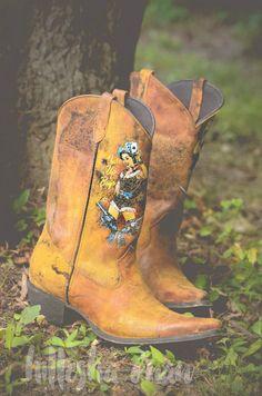 Crush by Durango Women's Pin Up Western Boots