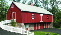 Bank Barn – Another new bank barn with accessibility on two levels - New Holland, PA Horse Barns, Old Barns, Horses, Barn Garage, Garage Workshop, Bank Barn, Unique Cottages, Silo House, Best Barns