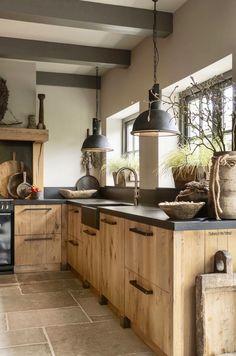 Kitchen Inspiration Design, Kitchen Inspirations, Home Decor Kitchen, Home Kitchens, Kitchen Design, Kitchen Remodel, Farmhouse Kitchen Decor, Home Decor, Rustic Kitchen