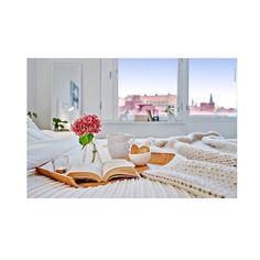 Tänk att vakna upp med utsikt över takåsarna i Linne...  ✨ #homestyling #inredning #homestylegoteborg #details #interiör #interior #homestyle #ljunghem #styling @homestylegoteborg för @husmanhagberg_goteborg
