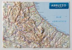 Serie:  Carte in rilievo formato A4 Scala:  1:800.000 Formato:  21 x 29,7 cm