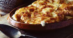 A francia konyha híres csőben sült fogása: krumpli selymes mártással nyakon öntve, sütőben aranybarnára sütve.