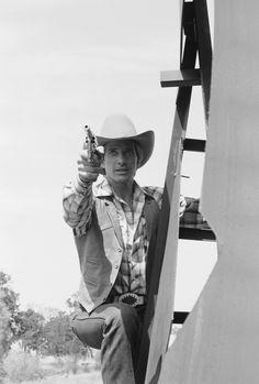 Lieutenant Templeton Peck ~ The A-Team Templeton Peck, The A Team, Favorite Tv Shows, Fangirl, Crime, Belt Buckle, Jazz, Range, Pictures