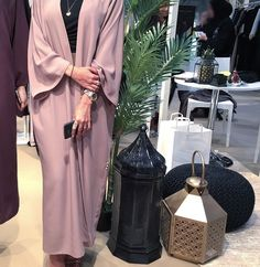 Jumeira 1 | Palm Strip Mall | 10am - 10pm shop@epiphany-dubai.com +971506006111 also available on @caftan.ae