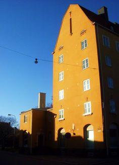 Kivitalo Vallilassa Capital City, Homeland, Norway, My House, Environment, Orange, Yellow, Country, Architecture