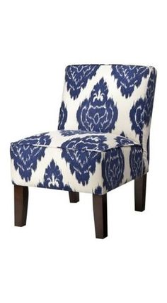 slipcover with piping only on the top of the seat and the back