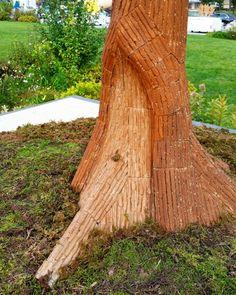 한국인의 생명, 소나무 (Life of Korean, Pine Tree) 1800 X 2000mm 나무, 종이박스 외 서울아리랑페스티벌 조형물공모전 (2016.10.14~16) . #서울아리랑페스티벌 #조형물공모전 #전시 #종이 #종이박스 #정2품송 #소나무  #아트 #설치미술 #광화문 #광장 #seoul #arirangfestival2016  #Sculpture #contest #paper #box #paperbox #CorrugatedCardboard #artwork #art #artist #recycle #upcycle #installationart #exhibition #photo by GalaxyS5