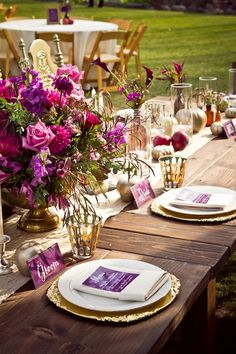Purple and Gold dress up a table in the most beautiful way. #tablescape #colorscheme #wedding