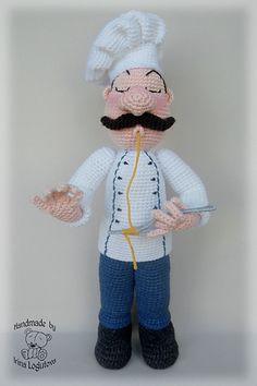 Crochet Doll Dress, Knitted Dolls, Crochet Hats, Amigurumi Toys, Crochet Animals, Knitting Projects, Art Dolls, Winter Hats, Chefs
