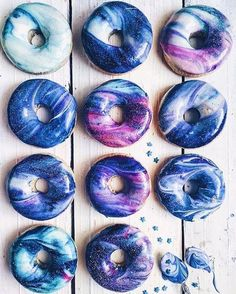 i like donuts. all the donuts. but these donuts are beautiful. i'll still just eat them. Delicious Donuts, Yummy Food, Tasty, Healthy Donuts, Galaxy Desserts, Blue Desserts, Health Desserts, Kreative Desserts, Rainbow Project
