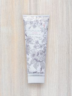 In Love Perfumed Shower Gel