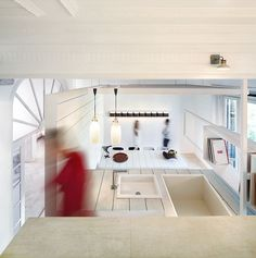 ceramic house by hector ruiz-Velazquez