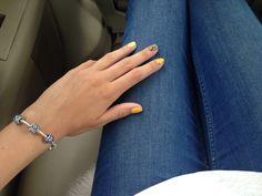 #nails #art #design #nailsart #nailsdesign #colors #bright #summer #flowers #yellow #pandora