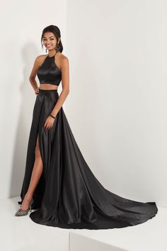 9fe41bc5b07f 31 Best Prom dresses images in 2019