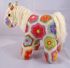 18+ Amazing Crochet Animal Patterns and Amigurumi Patterns: Heidi Bears African Flower #crochet join-as-you-go pony pattern