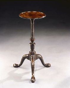 A GEORGE II MAHOGANY KETTLE STAND - English Antique Furniture – Ronald Phillips Antique...