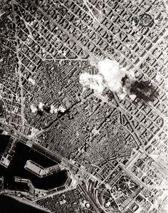 Bombing of Barcelona 1937 Spanish War, Barcelona Catalonia, Barcelona Travel, Before Us, Aerial View, Old Photos, Madrid, Spain, City