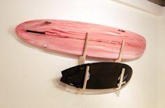 【波の思い出】¥26,000 自らもサーファーである作り手によるサーフボードラック。ロングもショートもどちらでも。ボードをかけていない時も絵になります