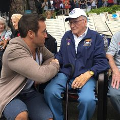 Alex O'Loughlin with Donald Stratton, a Pearl Harbor survivor, on the set of Hawaii Five-0 in December 2016.