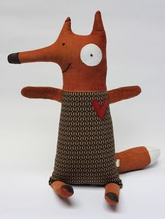 "Fabric fox inspiration... I could embroider ""Ring-ding-ding-ding-dingeringeding!"" on his belly  :)"