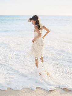 Destination Wedding Bridal Session Inspiration in Hawaii | Wedding Sparrow | Christine Clark Photography