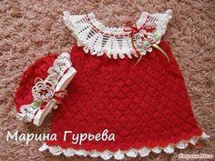Robe fillette rouge et sa grille gratuite !
