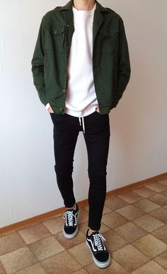 old skool black skinny jeans jungs jungs outfit . vans old skool black skinny jeans jungs jungs outfit .vans old skool black skinny jeans jungs jungs outfit . vans old skool boys guys outfit Swag Outfits Men, Stylish Mens Outfits, Mode Outfits, Casual Guy Outfits, Hipster Outfits Men, Casual Guy Clothes, Stylish Clothes, Hipster Fashion Guys, Man Clothes Style