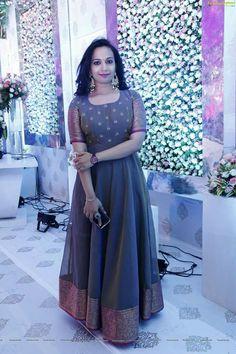 Ashu's media statistics and analytics Churidar Designs, Kurta Designs Women, Lehenga Designs, Indian Designer Outfits, Designer Dresses, Long Gown Dress, Long Frock, Frock Dress, Long Dress Design