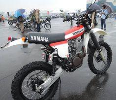 Dope 4 Life Honda Scrambler, Enduro Motorcycle, Scrambler Custom, Motocross Bikes, Motorcycle Design, Sport Bikes, Yamaha, Enduro Vintage, Vintage Motocross