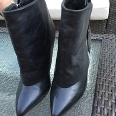 Black short dressy boots Black short dressy boots with zipper on the side Alice + Olivia Shoes