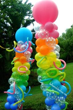 Funk and Funky Balloon column.  #balloon-column #balloon-decor