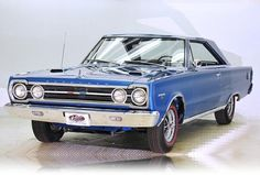 1967 Plymouth GTX - Love those body lines!