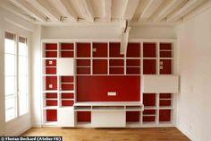 Le meuble bibliothèque en cours de finition