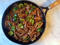 Puerto Rican Cuisine, Puerto Ricans, Kung Pao Chicken, I Foods, Tapas, Beef, Ethnic Recipes, World, Beef Recipes